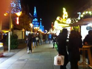 Weihnachtsmarkt in der Duisburger Königstraße